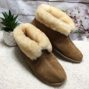 Minnetonka Sheepskin Slip- On Ankle Booties 11